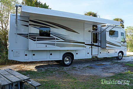 2017 Jayco Precept  Port St. Lucie, FL