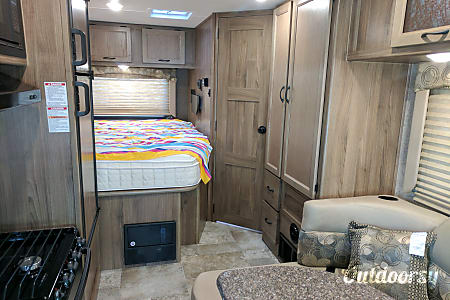 2018 Coachmen Freelander 21QB  Centennial, CO
