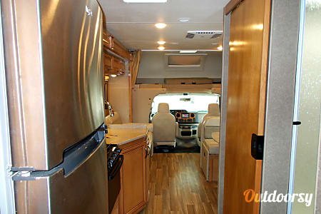 2016 Thor Motor Coach Quantum  Gibsonton, FL