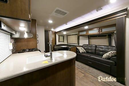 0Forrest River 30KQBSS - 26ttk  Cadillac, MI