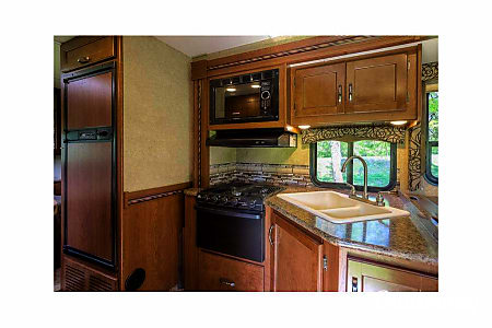 2018 Thor Motor Coach Four Winds 28Z  Prospect, CT