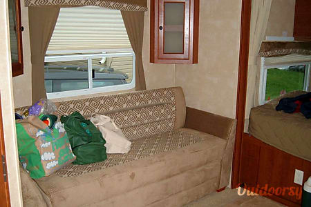 2011 Cruiser Rv Corp Fun Finder Xtra  Arnold, MD