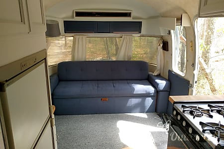 1984 Airstream Sovereign  Chicago, IL