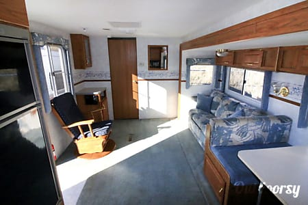 2000 Fleetwood Prowler  Kalispell, MT