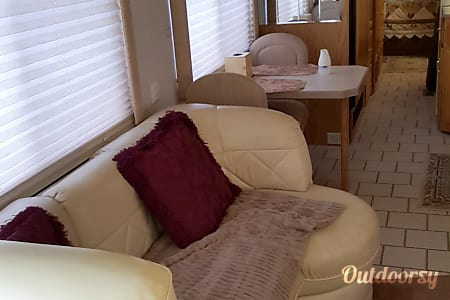 2001 Holiday Rambler Endeavor Diesel  San Bernardino, CA