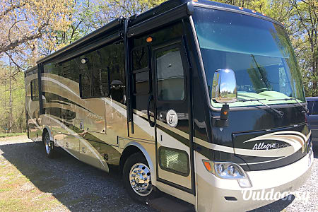 02014 Tiffin Motorhomes Allegro Breeze  Inman, SC