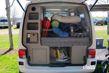 1997 Volkswagen Eurovan Winnebago Camper  Ypsilanti, MI