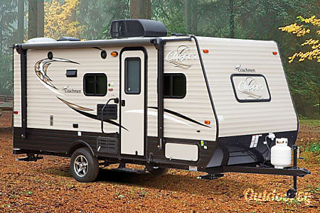 2015 Coachmen Clipper The Ultimate Couples Vacation. Great for the lake, trips out west, national parks, our favorite the beach.  Clayton, GA