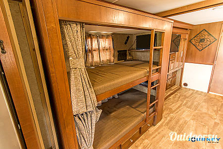 Forest River Georgetown - 36' Class A With Bunks  Riverview, FL