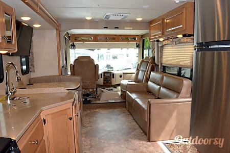 2016 Thor Motor Coach Windsport - Book a Week & One Night Free  Tulsa, OK