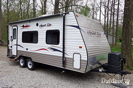 023' Gulf Stream Ameri Lite, Sleep up to 4  Cement City, MI