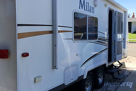 2011 Eclipse Recreational Vehicles Milan  Highland, CA