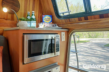 1990 Chevrolet Custom Suburan RV  Minneapolis, MN