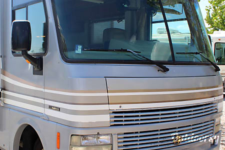 01998 Pace-Arrow vision 34K  Elk Grove, California