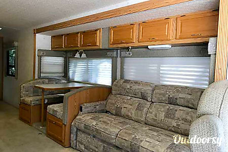 Winnebago Brave 36M - Great reliable motorhome  Maitland, FL