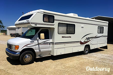 2005 Winnebago Minnie  Wichita, KS