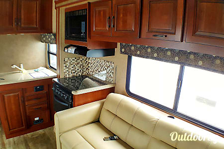 0Price drop Brand New Clean Easy Driver Motor home 2017  Dana Point, CA