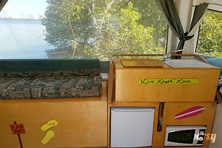 2003 Coleman Fleetwood 'Beach Breeze' (FREE DELIVERY, SET UP AND REMOVAL*)  Treasure Island, FL