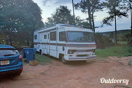 "0""Ol' Bessie"" - 1988 Tiffin Motorhomes Allegro M37  Monroe, GA"