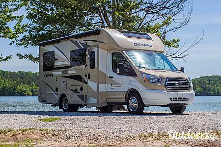 02017 Thor Motor Coach Gemini  Lithia Springs, GA