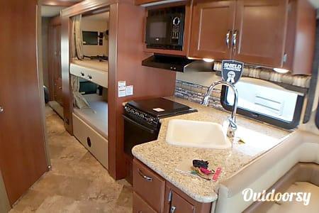Thor Motor Coach ACE 30.2  Kennesaw, GA