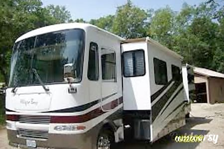 02006 Tiffin Motorhomes Allegro Bay  Paso Robles, CA