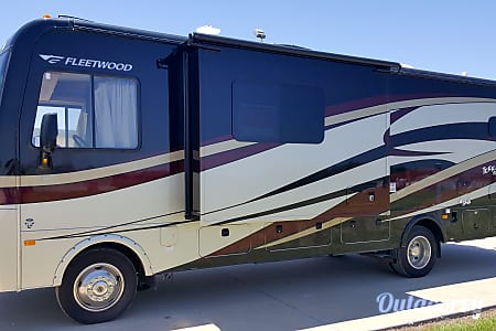 Fleetwood Terra - 31' Class A with Bunks  Riverview, FL