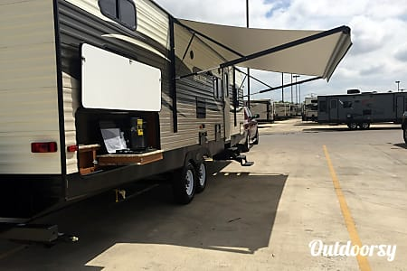 0Haley's Heavenly RV - 2017 Avenger ATI DBS  Cibolo, TX