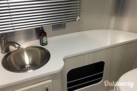 2017 Airstream Sport  Oak Park, MI