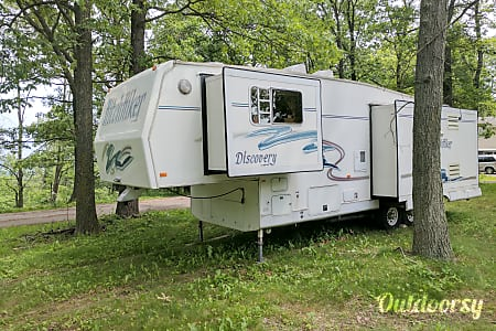 01999 Nuway Discovery Hitchhiker Delivery to your campsite! Long term rental options available!!!  Honey Brook, PA