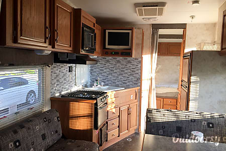 2005 Eclipse Recreational Vehicles Attitude  Lawndale, CA