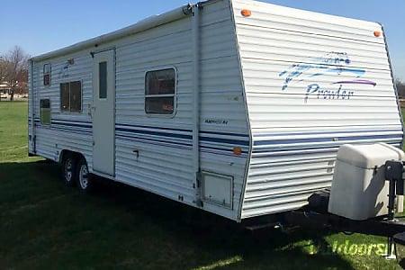02000 Fleetwood Prowler  Bethany, CT