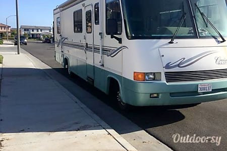 01997 Georgie Boy 32' Class A RV  Winchester, California