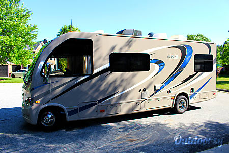 2016 Thor Motor Coach Axis  High Point, NC