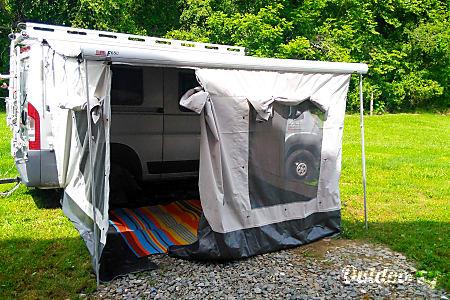 2015 Custom Camper  Mills River, NC