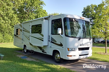2007 Thor Motor Coach Hurricane  Farmington, NY