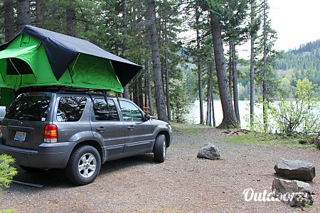 2005 Ford Escape with CVT Summit Series Roof Top Tent  Bellingham, WA