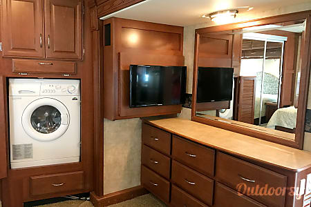 2008 Fleetwood Bounder  Melbourne, FL
