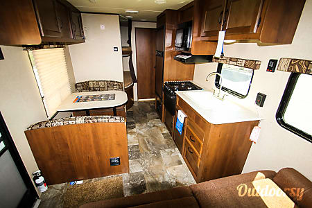 JAYCO JAYFLIGHT SLX 264BHW  Junction City, OR
