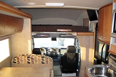 2008 Winnebago View  Huntington Beach, California
