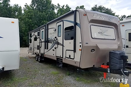 2015 Flagstaff Classic Super Lite with Diamond Package Upgrade  Loganville, GA