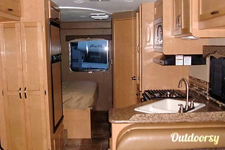 2015 Thor Four Winds 26A  Allentown, PA