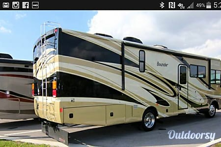 2011 Fleetwood Bounder  West Palm Beach, FL
