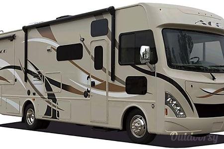 02016 Thor Motor Coach ACE 30.1  Montebello, CA