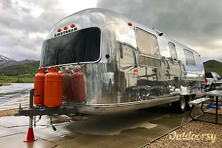 01970 Airstream Overlander Restored Sleeps 4 Mirror Polish  Salt Lake City, Utah