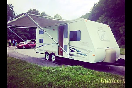 0Delivery Available 2005 R-Vision Trail-Cruiser 21rbh  Black Mountain, North Carolina