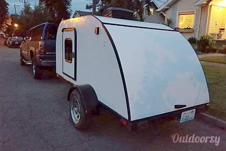 2004 High Desert Designs Freedom Tear Drop Trailer  Tacoma, Washington