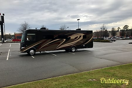 2016 Coachmen Mirada Select 37 LS  Marietta, Georgia
