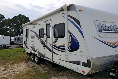 2014 Lance  4Seasons Lite BunkHouse  Southport, Florida