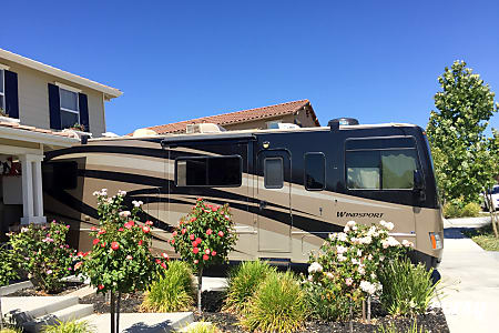 02008 Thor Motor Coach Windsport 33T  Livermore, California